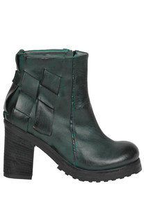 Cow leather ankle boots Hangar