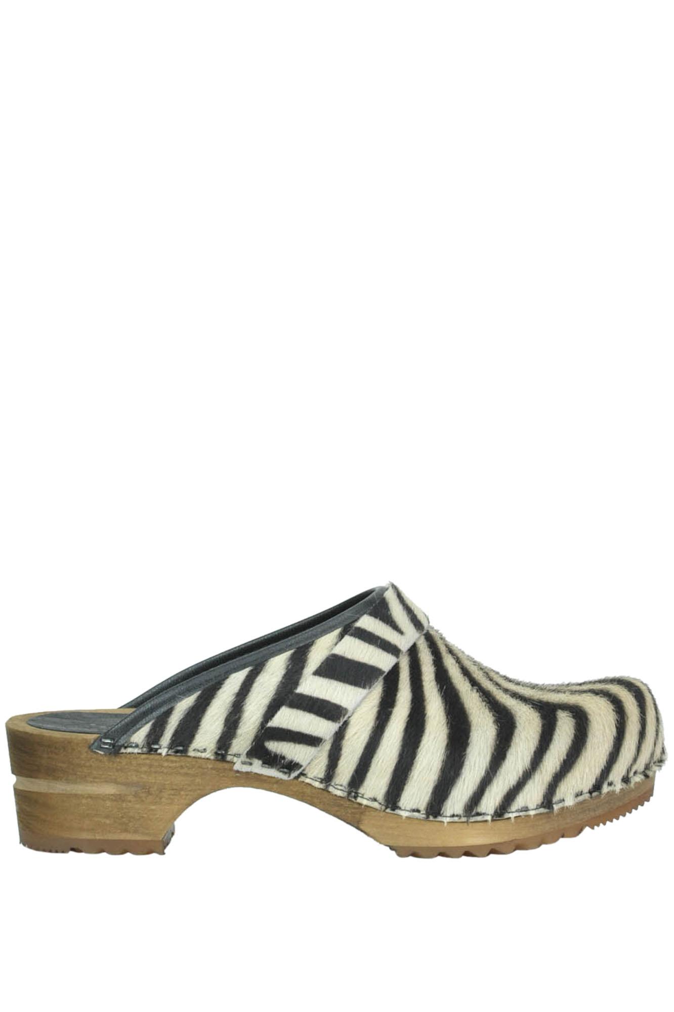 Image of Scarpe zoccoli in cavallino